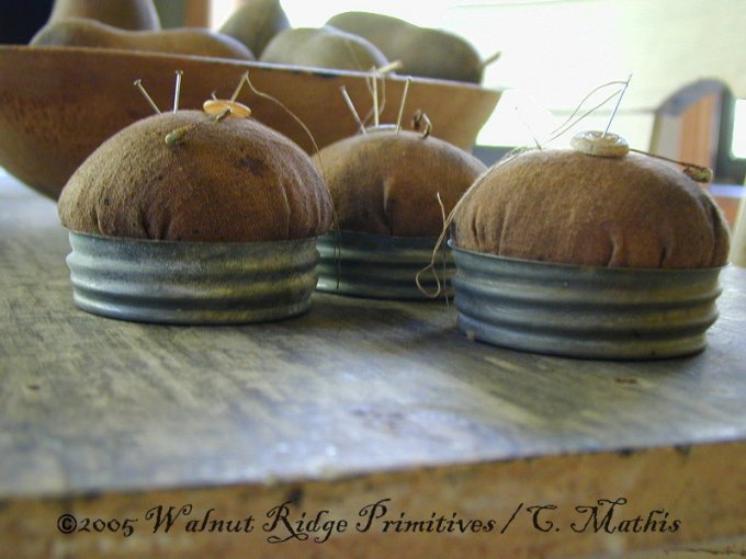 CM-WR 130 Farmers Wife Pincushion